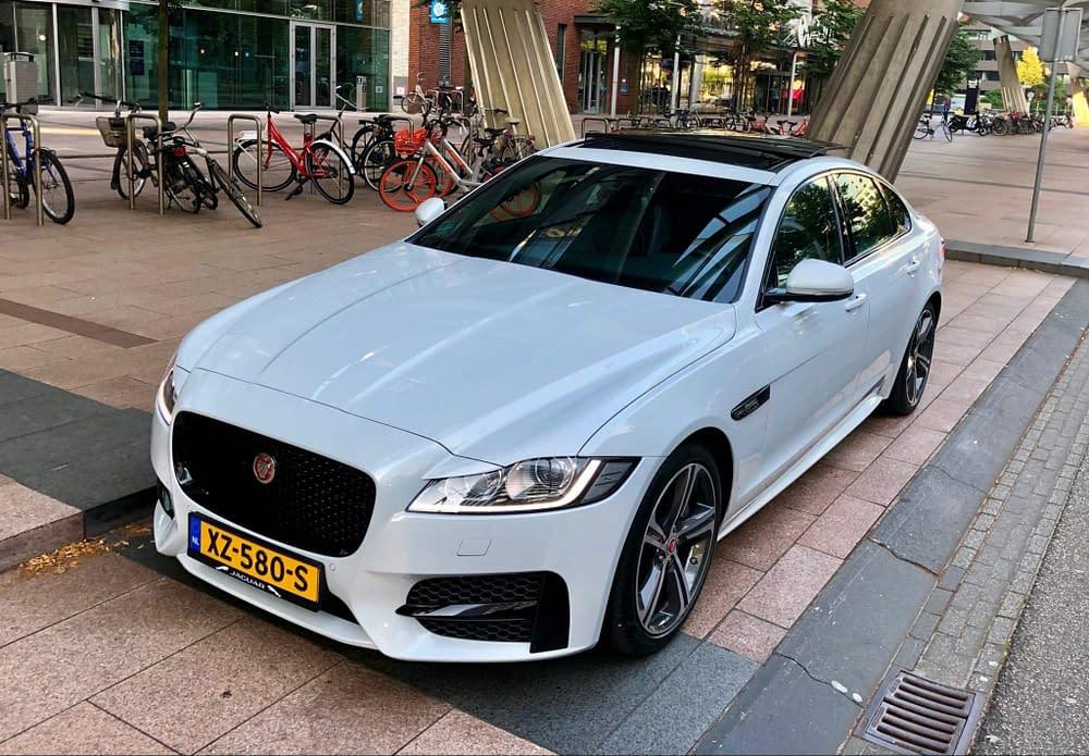 Jaguar trouwauto huren
